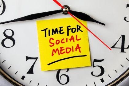 clock with social media